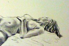 Life drawing - elegant reclining pose